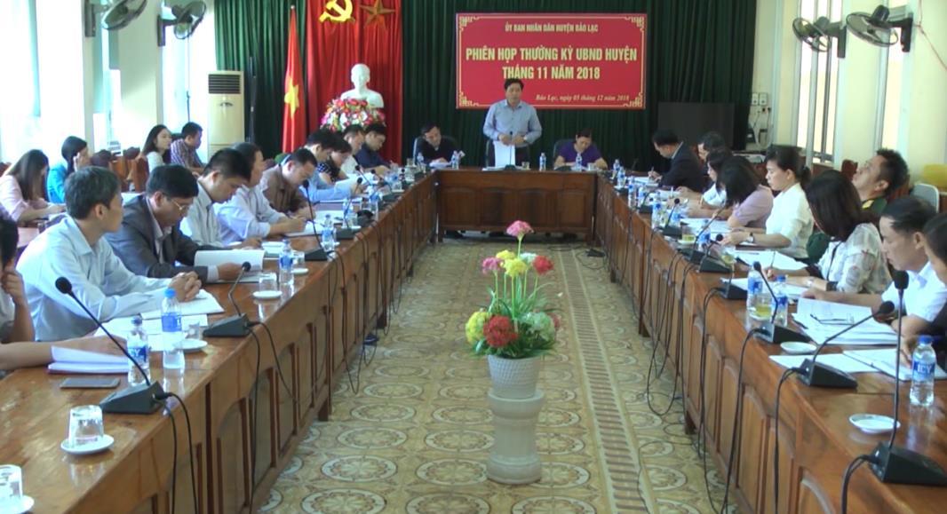 Bảo Lạc: UBND huyện họp phiên thường kỳ tháng 11
