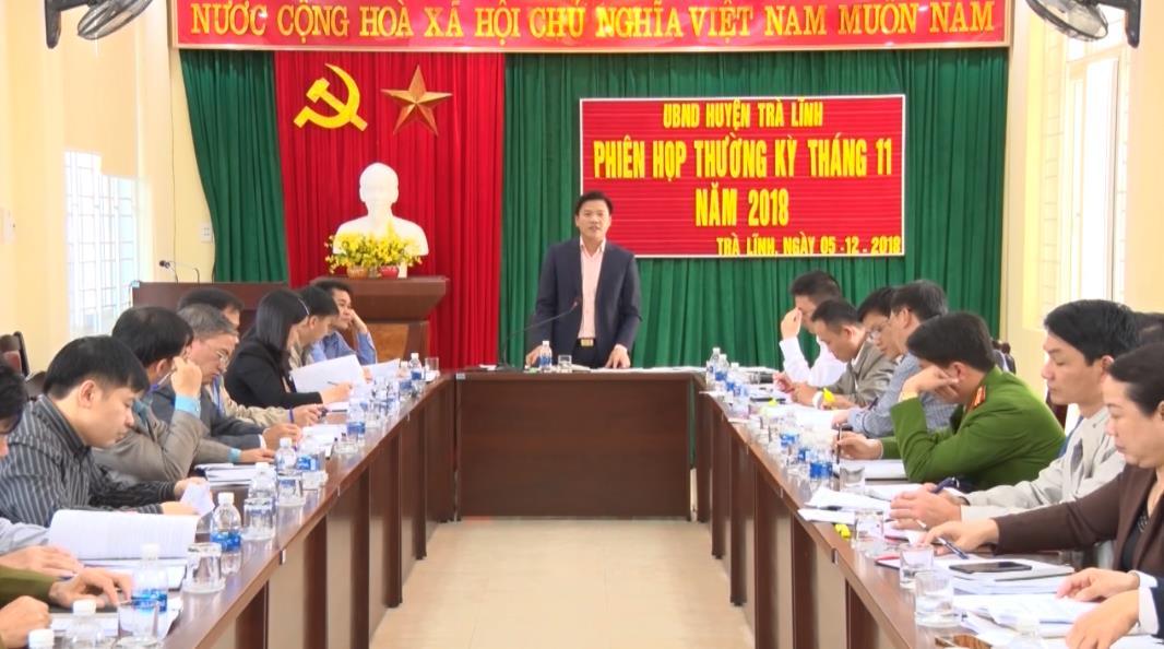 UBND huyện Trà Lĩnh: Phiên họp thường kỳ tháng 11
