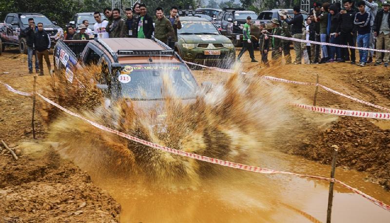 Tổ chức giải đua ô tô địa hình quy mô nhất Việt Nam
