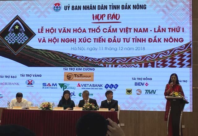 Lễ hội văn hóa thổ cẩm Việt Nam lần thứ I