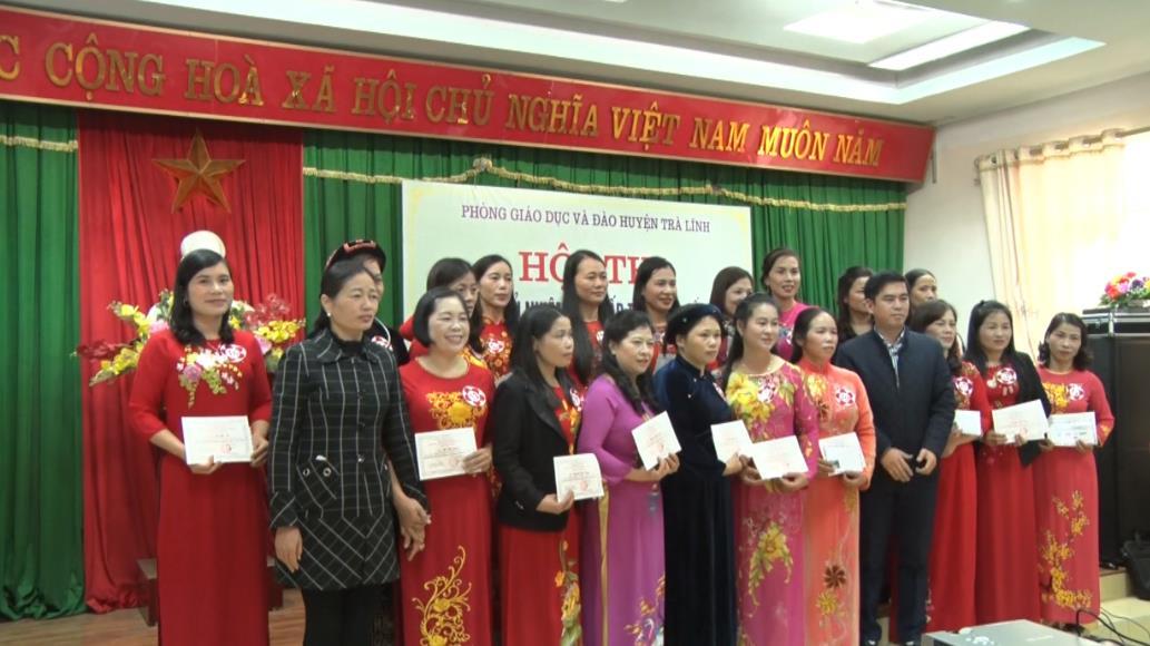 Trà Lĩnh: 19 giáo viên đạt danh hiệu Giáo viên chủ nhiệm lớp giỏi bậc tiểu học cấp huyện năm học 2018 - 2019