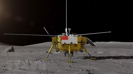 Tàu vũ trụ đầu tiên hạ cánh xuống mặt tối của Mặt trăng