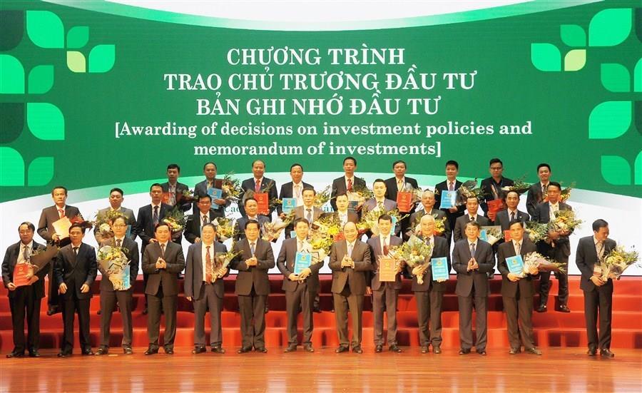 Cải thiện môi trường đầu tư kinh doanh, định hướng và hỗ trợ doanh nghiệp, hợp tác xã