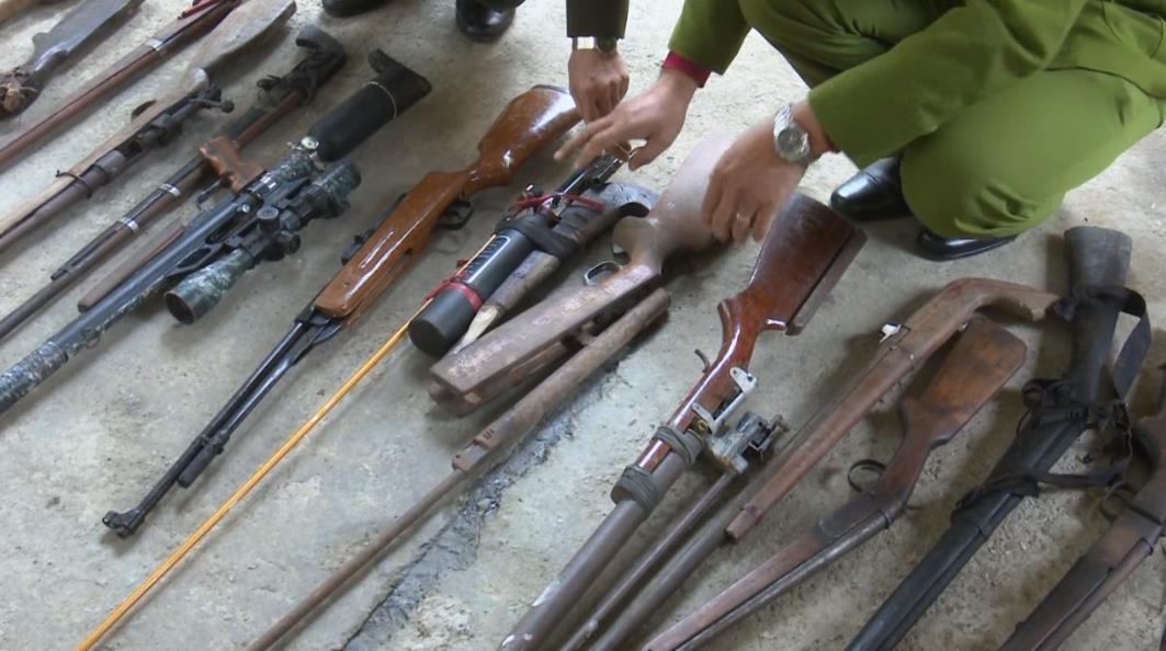 Hòa An: Vận động thu hồi vũ khí và công cụ hỗ trợ