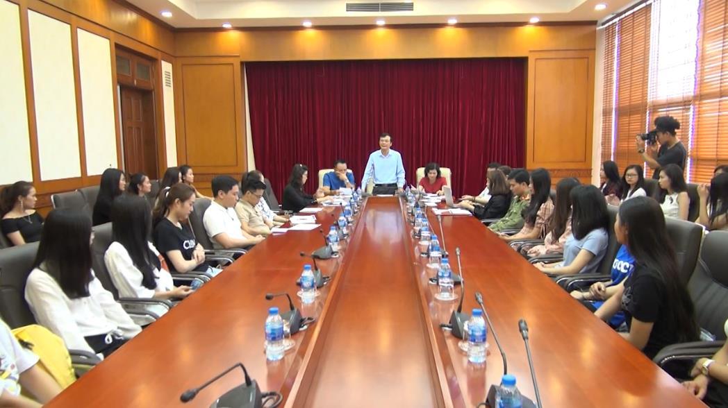 """Gặp mặt 25 thí sinh vào vòng chung khảo Cuộc thi """"Người đẹp du lịch Non nước Cao Bằng"""" năm 2019"""