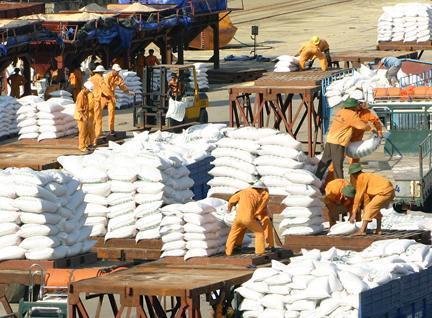 38 công việc có yêu cầu nghiêm ngặt về an toàn, vệ sinh lao động