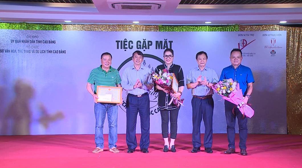 Quang Hán phát huy nội lực về đích nông thôn mới