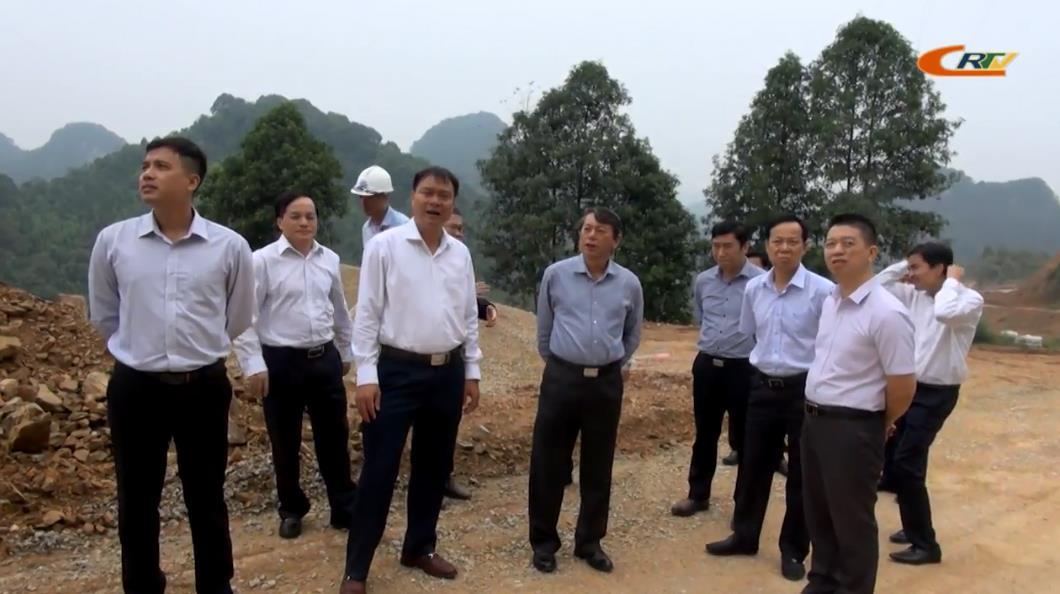 Chủ tịch UBND tỉnh Hoàng Xuân Ánh kiểm tra tiến độ triển khai Dự án đường tỉnh 208 và Dự án cầu đường bộ II Tà Lùng - Thuỷ Khẩu