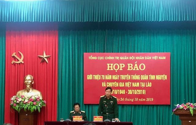 Thành Đoàn Cao Bằng đón nhận Huân chương Lao động hạng Ba