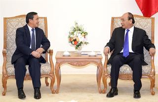 """Việt Nam luôn """"kề vai sát cánh"""", hỗ trợ hết lòng Đảng, Nhà nước và nhân dân Lào"""