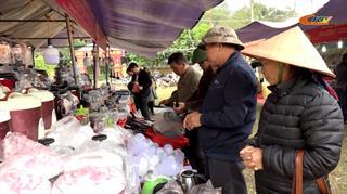 Phiên chợ hàng Việt về miền núi tại huyện Hạ Lang
