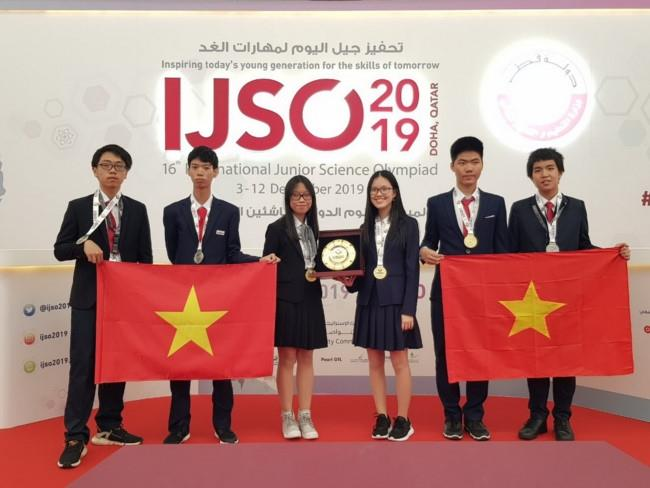 Việt Nam giành 3 Huy chương Vàng tại Kỳ thi Olympic Khoa học trẻ quốc tế