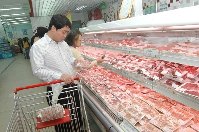 Hỗ trợ kết nối nhập khẩu thịt lợn bình ổn thị trường
