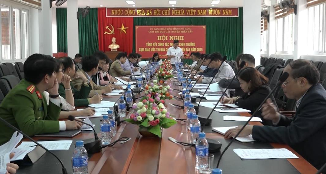 Trùng Khánh: Giám sát tình hình phát triển cây thuốc lá trên địa bàn huyện