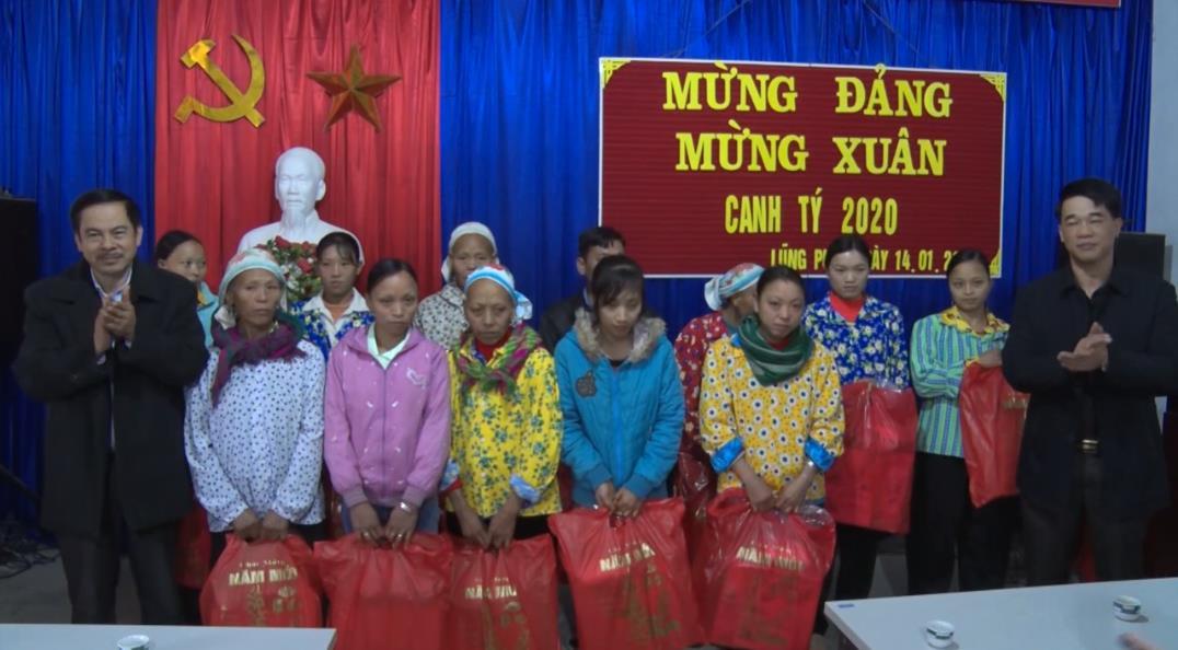 Hà Quảng: Thăm, chúc tết và tặng quà đồng bào dân tộc thiểu số