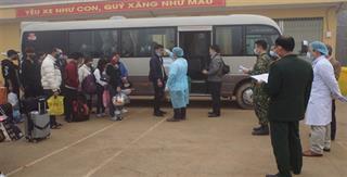 Cao Bằng chuyển 173 công dân cách ly tập trung tại Trung đoàn 852 về tỉnh Bắc Kạn