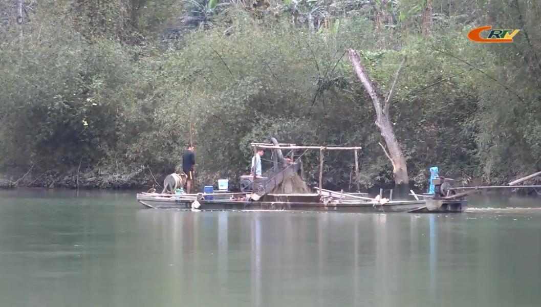 Tái diễn nạn khai thác cát trái phép ở Bảo Lâm