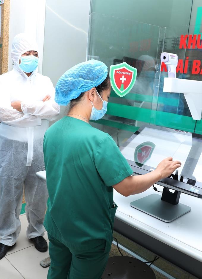 Giải pháp sàng lọc, truy tìm người nghi nhiễm COVID-19