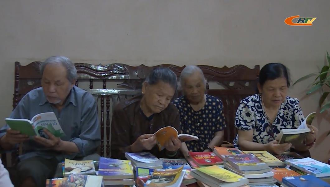 Thư viện tỉnh: Thiết thực các hoạt động kỷ niệm 130 năm ngày sinh nhật Bác