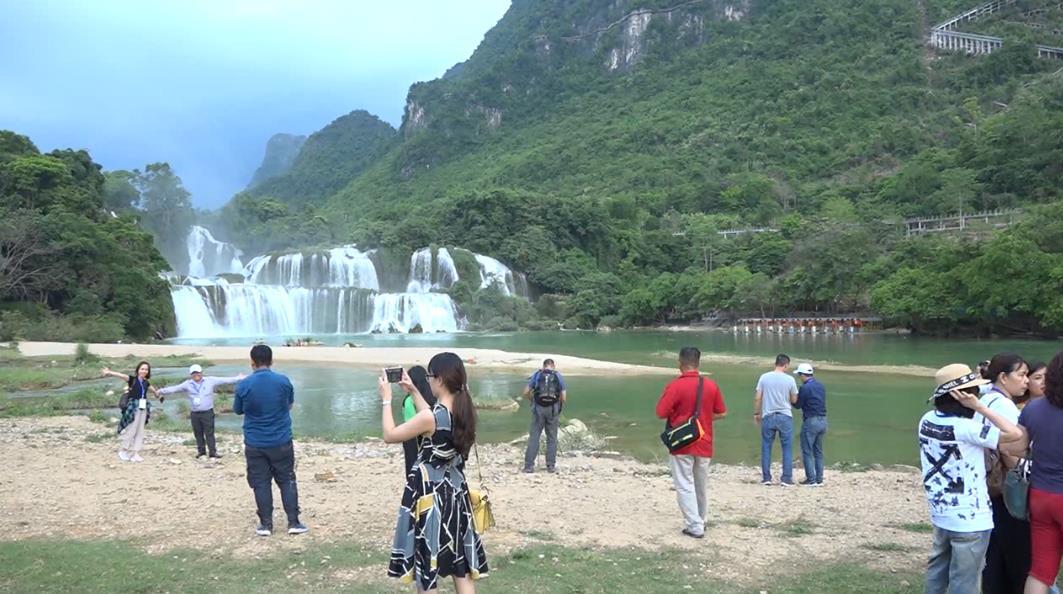 Khảo sát kích cầu du lịch tại Cao Bằng