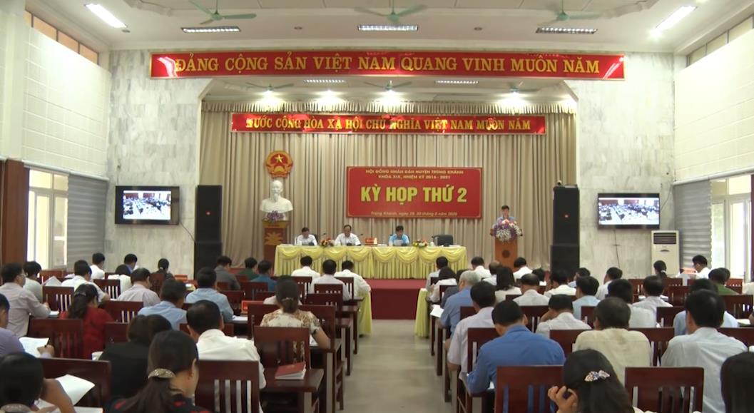 Trùng Khánh: Kỳ họp thứ 2 HĐND huyện khoá XIX, nhiệm kỳ 2016 - 2021