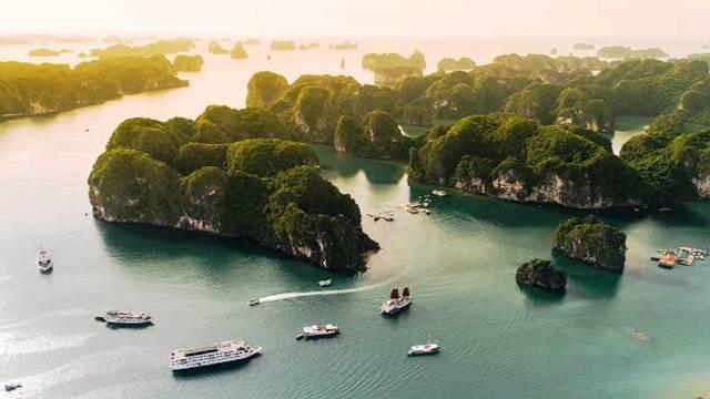 """Tiếp tục quảng bá du lịch """"Bao la Việt Nam - Bay xanh cùng Vietjet"""""""