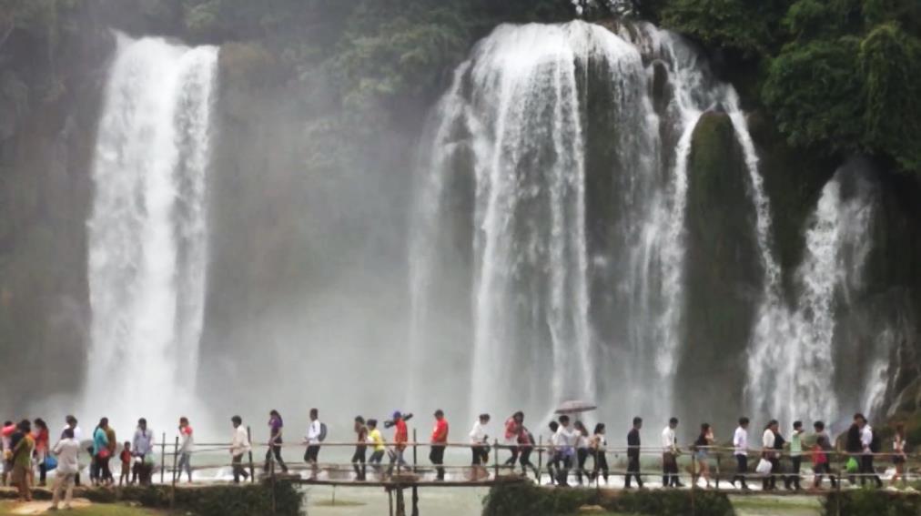 Lượng khách du lịch đến Cao Bằng giảm 68% so với cùng kỳ