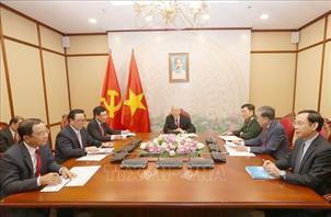 Tổng Bí thư, Chủ tịch nước điện đàm với Chủ tịch Đảng CPP, Thủ tướng Campuchia Hun Xen