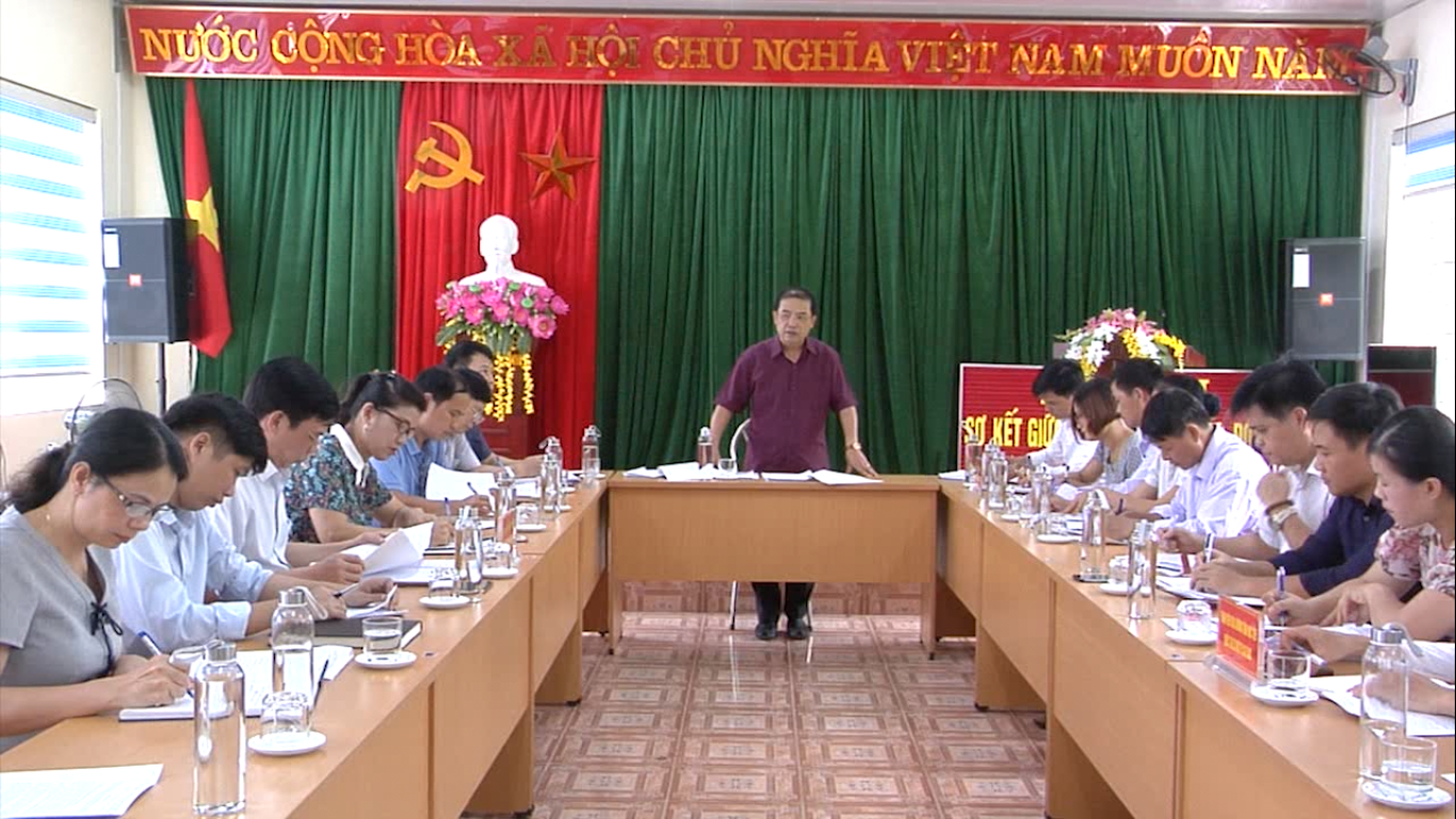 Đoàn công tác của tỉnh: Kiểm tra tình hình thực hiện nhiệm vụ mục tiêu quốc gia về xây dựng NTM tại xã Chu Trinh (Thành phố)