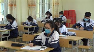 Học sinh lớp 12 chuẩn bị tâm lý để thi tốt trong mùa dịch