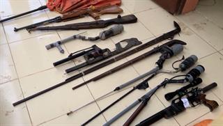 Công an huyện Hòa An: Vận động thu hồi được 33 khẩu súng các loại