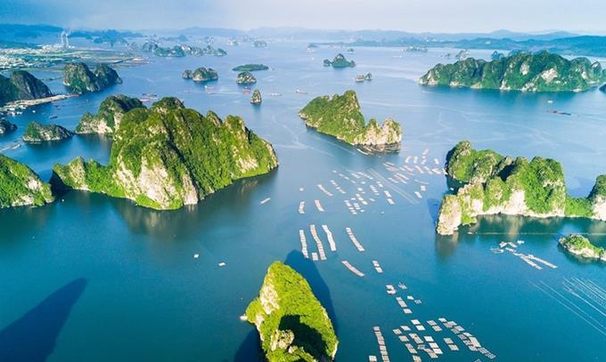 Quảng Ninh giảm 50-100% phí tham quan du lịch