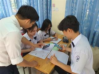 Học sinh được sử dụng điện thoại dưới sự cho phép, kiểm soát của giáo viên