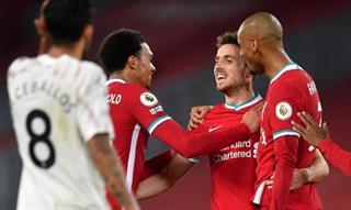 Liverpool phô trương sức mạnh trước Arsenal