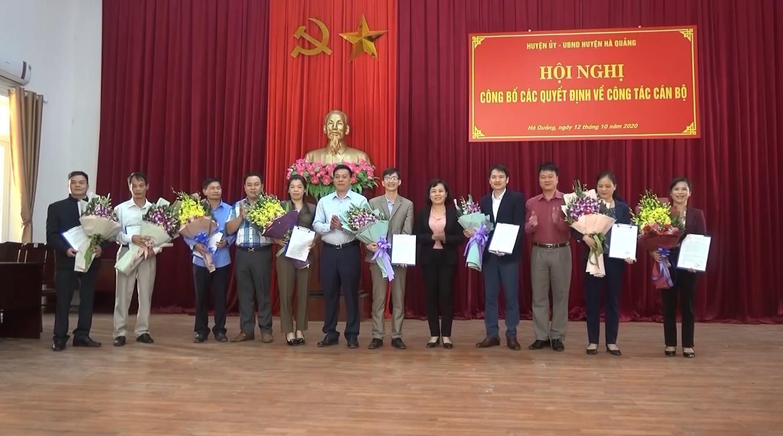 Hà Quảng: Công bố các quyết định về công tác cán bộ