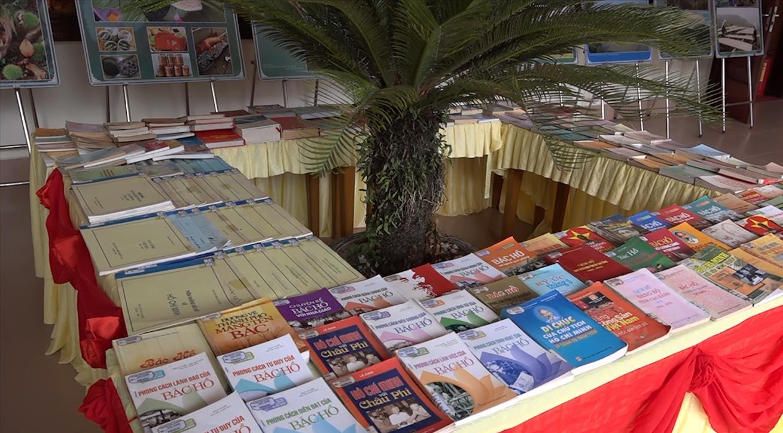 Thư viện tỉnh: Tuyên truyền, giới thiệu sách chào mừng Đại hội đại biểu Đảng bộ tỉnh lần thứ XIX và trao giải Hội thi kể chuyện sách online năm 2020