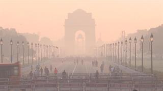Ấn Độ đối mặt với nguy cơ kép: Ô nhiễm không khí và COVID-19