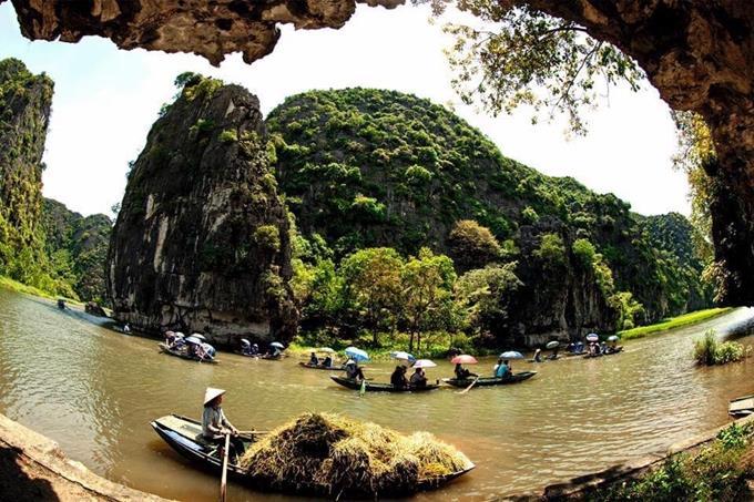 Du lịch qua các miền di sản văn hóa Việt Nam