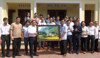 Đoàn công tác tỉnh Cao Bằng thăm các đồng chí nguyên Chủ tịch nước
