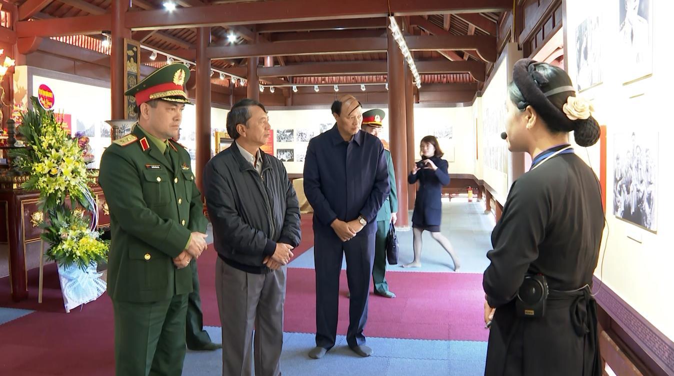Tư lệnh Quân khu 1 thăm, kiểm tra các khu di tích lịch sử tỉnh Cao Bằng