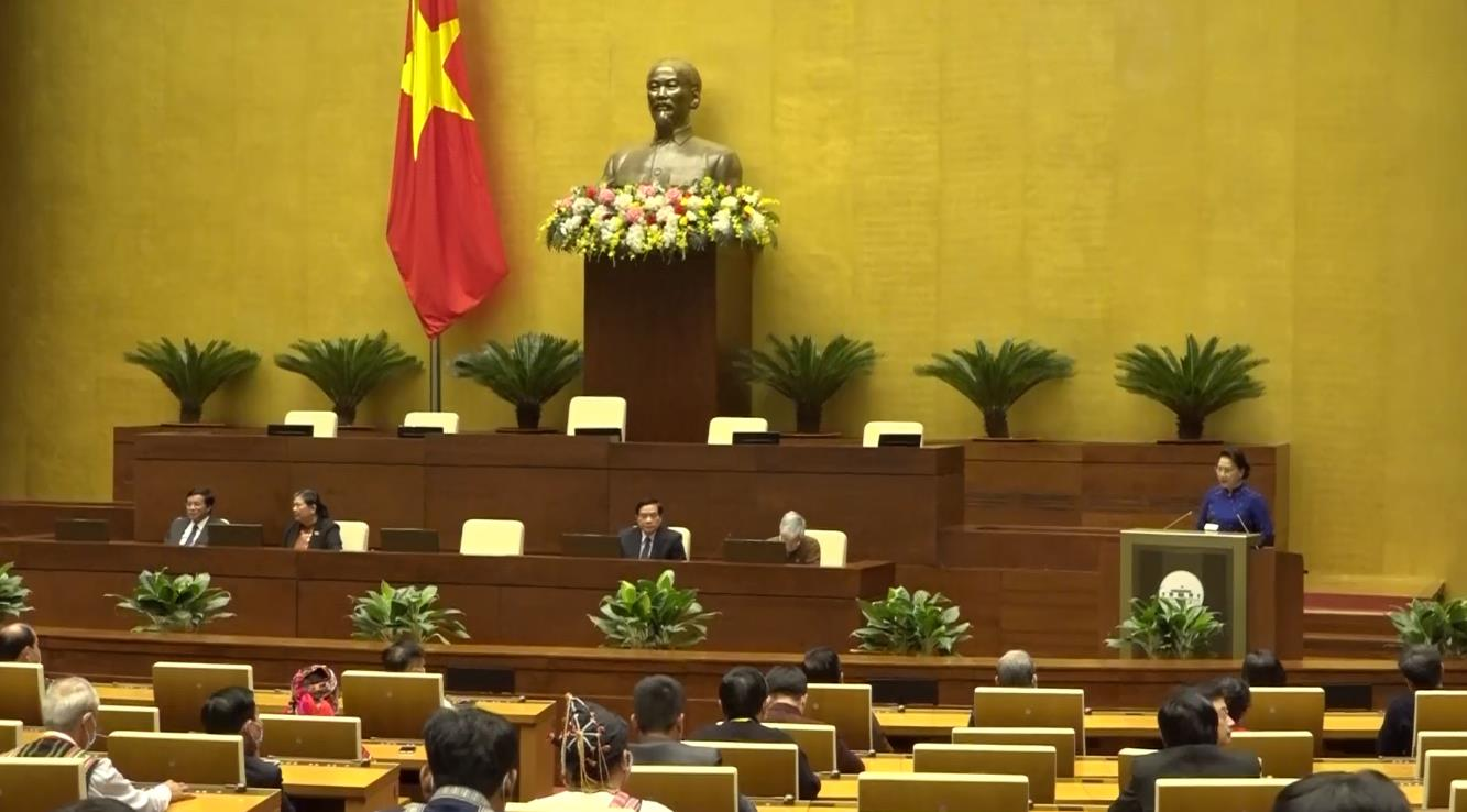 Chủ tịch Quốc hội Nguyễn Thị Kim Ngân gặp mặt thân mật 100 đại biểu tiêu biểu dự Đại hội đại biểu toàn quốc các dân tộc thiểu số Việt Nam lần thứ II, năm 2020