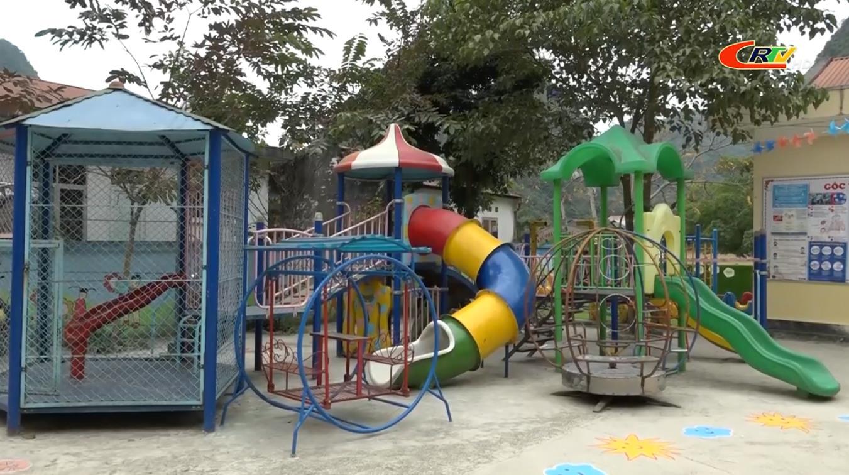 Cao Bằng: Hơn 200 trường học cho học sinh nghỉ học vì rét đậm, rét hại