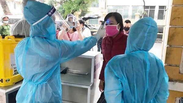 Việt Nam hiện có 1.548 bệnh nhân COVID-19