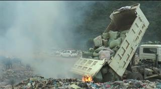 Trùng Khánh: Tiêu hủy hơn 28,7 tấn thuốc lá lá nhập lậu