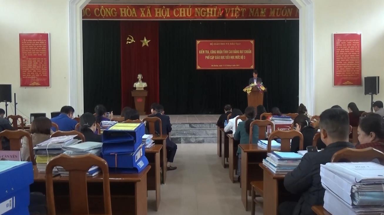 Đoàn kiểm tra Bộ Giáo dục và Đào tạo kiểm tra chuẩn phổ cập giáo dục tiểu học mức độ 3 tại huyện Hà Quảng