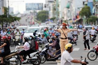 """Toàn dân hưởng ứng Cuộc thi trắc nghiệm """"Chung tay vì an toàn giao thông"""""""