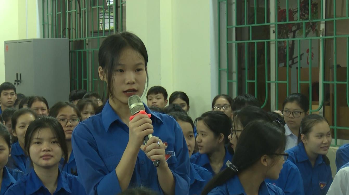 Tuyên truyền, quảng bá về du lịch Cao Bằng trong trường học
