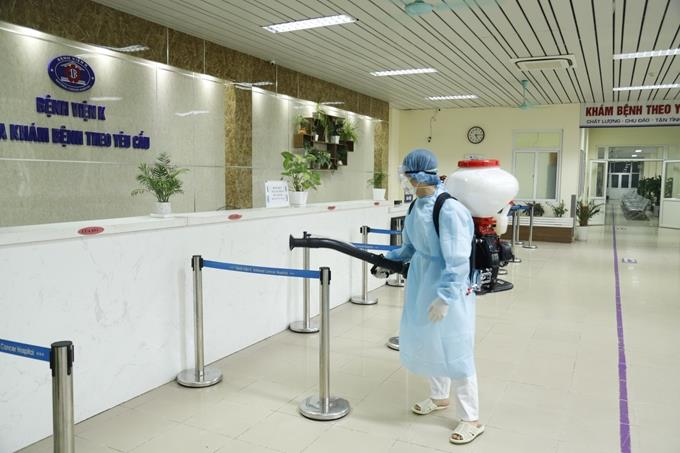 Yêu cầu nhân viên y tế không đến các địa điểm nguy cơ lây nhiễm cao