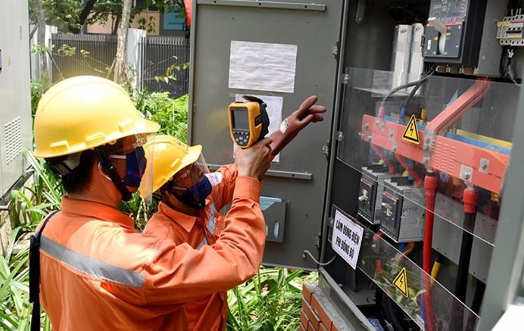 Ban hành Nghị quyết hỗ trợ giảm tiền điện, giảm giá điện (đợt 4)