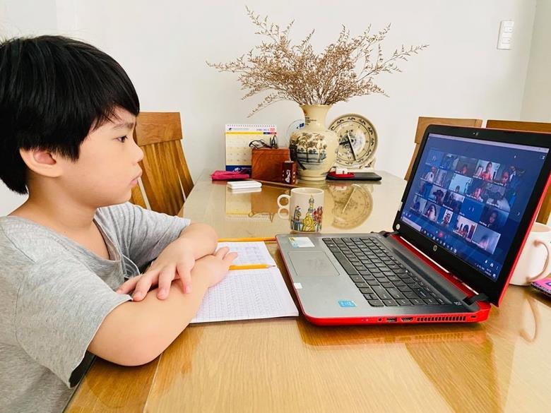 TP Hồ Chí Minh: 94,34% học sinh tiểu học tham gia học trực tuyến